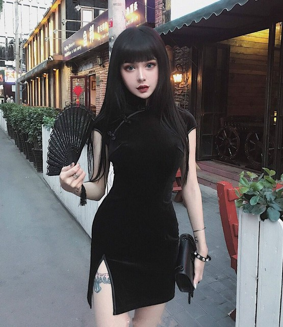 2018 New Arrival Vintage Gothic Velvet Women Dress Chinese Cheongsam Retro Harajuku Sexy Dress Tight Dresses Black Pink
