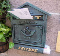 Embossed Trim Vintage Decorative Cast Iron Mailbox Postbox Mail Box Wall Mounted Wrought Iron Letters Box Metal Garden Supplies