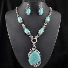2015 Fashion Vintage Necklace Set Antique Silver Turquoise Jewelry Set Dangle Earrings Classic Pendant Design Fine Jewelry Sets