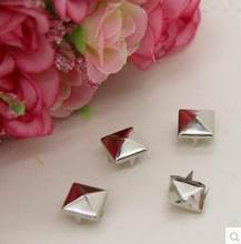 6*6mm zilveren piramide spikes studs klinknagels nailhead schoenen tassen DIY accessoires 200 stks/partij Spots Punk Rock Nailheads spikes Craft(China)