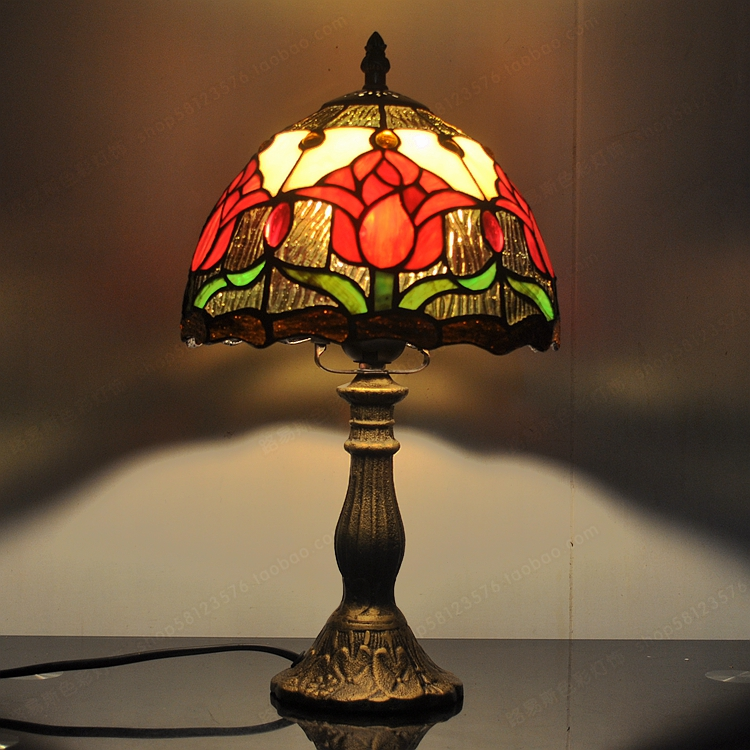 Lamparas Color Glass Led Table Lamp Hand Made Tiffany Desk: Tulips American Country Minimalist Table Lamp Tiffany