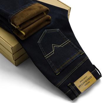 AIRGRACIAS 2018 nowe męskie ciepłe dżinsy wysokiej jakości słynnej marki jesień zima Jeans Thicken Fleece mężczyźni Jeans Long spodni 28-42 tanie i dobre opinie Mężczyzn Denim Porysowany Z AIRGRACIAS Pełna długość Połowie Polaru Zmiękczacz Proste MG009 Biały średni ciemny