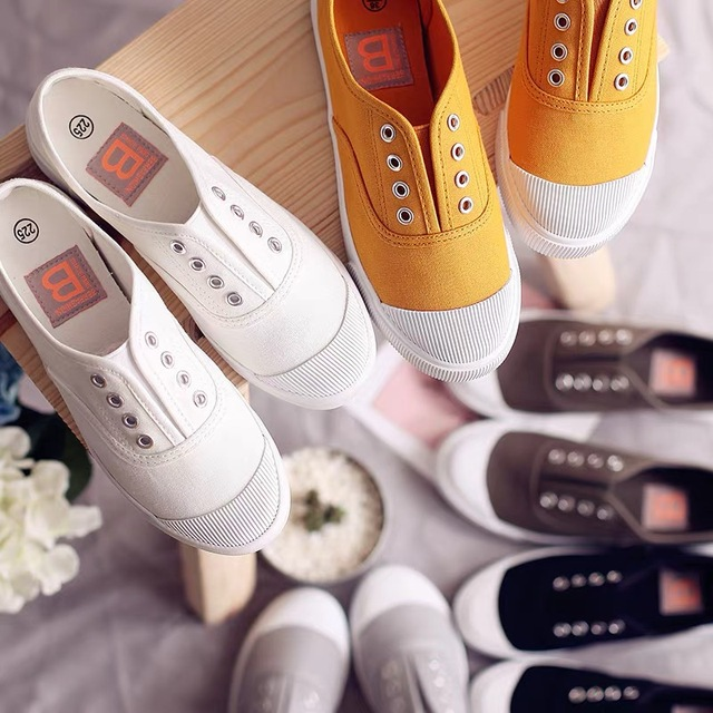 Women Canvas Shoes Elastic Band Lady Loafers Flat Heel Slipon All Match Girls White Shoes Sneakers Spring Autumn Tenis Femino 2