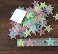 100 pcs Parede Decalques Nursery Quarto Cor Estrelas Brilham No Escuro Luminosas Fluorescentes Adesivos De Parede para Quartos de Crianças Em Casa decoração