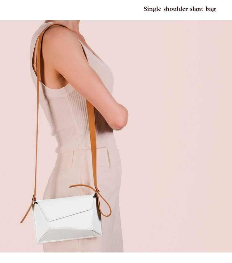 Merek Warna-warni Geometris Wanita Tas Dada 2019 Fashion Tas Selempang Wanita Tas Mewah Desainer Wanita Pinggang Tas Hitam