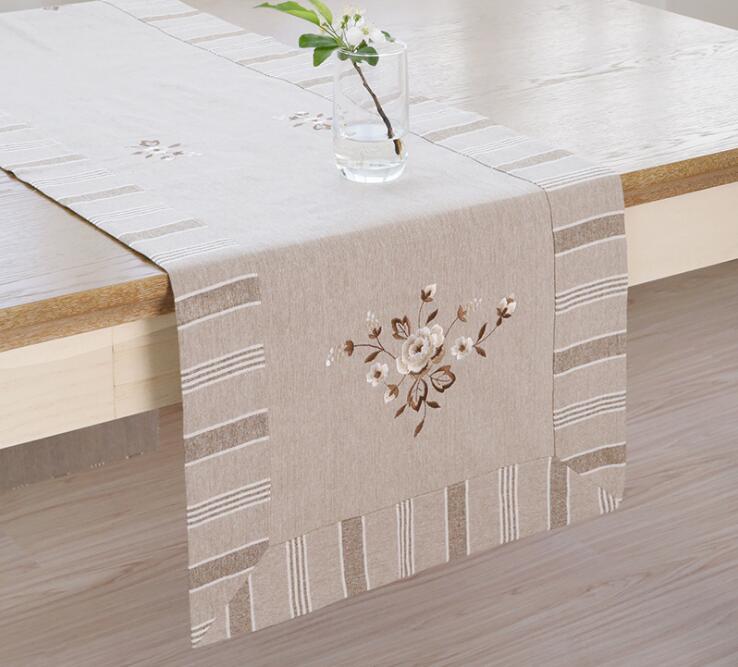 Modernais galda skrējējs Izšūti pastorālā galda skrējējs kāzu svinību mājas viesnīcas galda dekorēšanai mājas tekstils