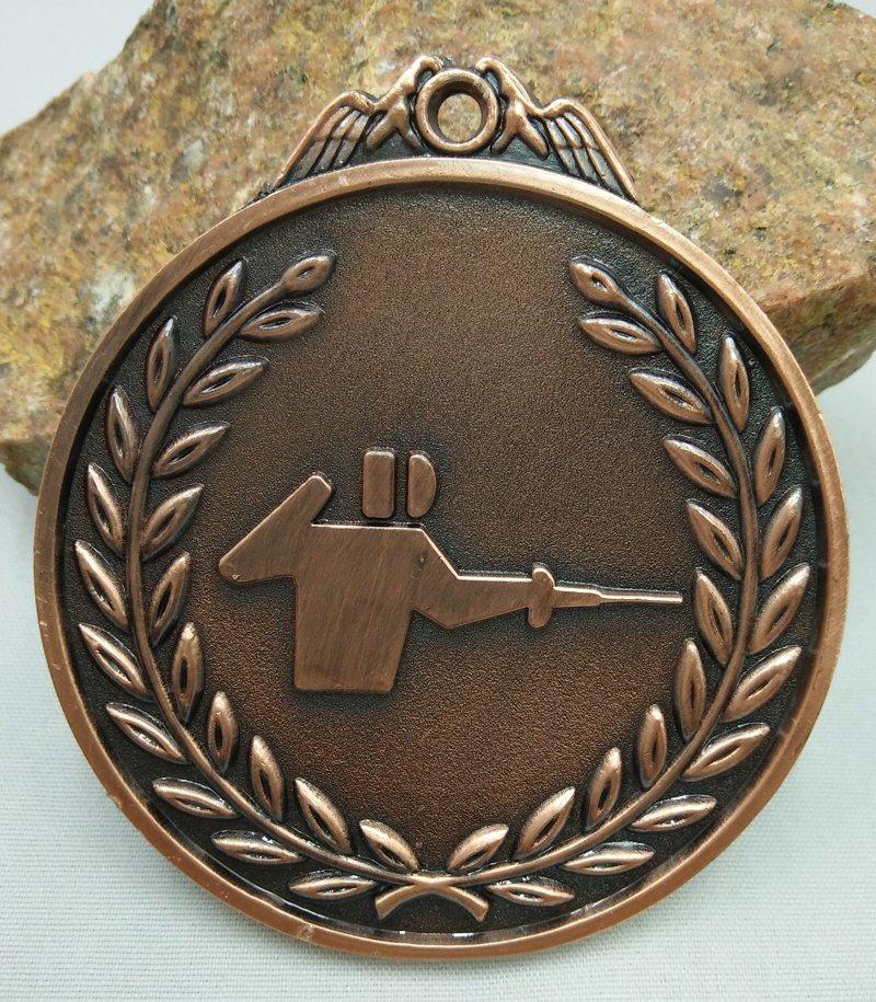 ᗐBéisbol deporte escolar medalla de oro plata bronce movimiento ...