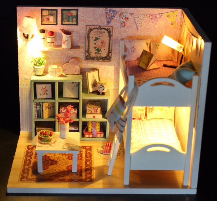 Doll House  (16)