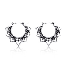 1pair European Vintage Hollow Small Heart Hoop Earring Women Elegant Antique Silver Color Ear Hoop Fashion Earring Jewelry E15-3(China)