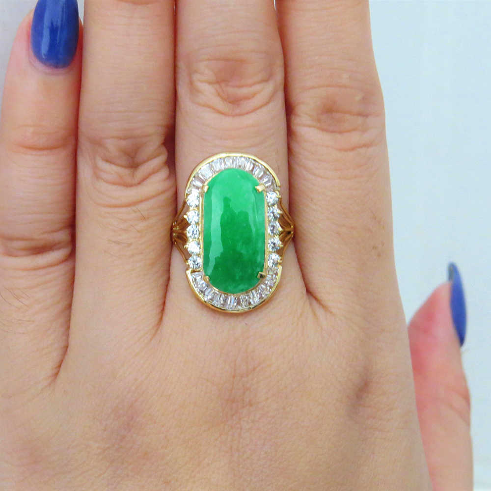 14K สีเหลืองทองธรรมชาติ Apple สีเขียวหยกสีขาว Moissanite แหวนหมั้นผู้หญิง