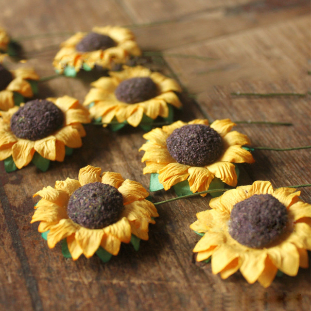 30pcs/lot Artificial Decoration Sunflower Flowers for Gift Box Diy Decor Paper Flowers for Scrapbooking Cheap Mini Daisy