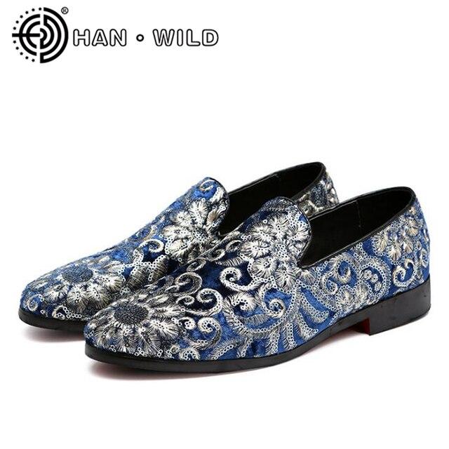 2b7b6f7db3 Vestido de terciopelo de los zapatos de los hombres de los mocasines  bordado pisos Vintage todo