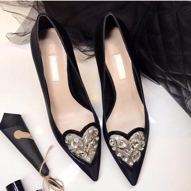 2018 New Shoes Women High Heel Pumps Crystal Embellished Heart Decor Satin Wedding Party