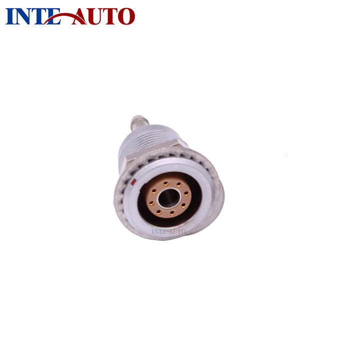 IP50 M18 3B circular metal fluidic electrical hybid connector, one P1 fluid contact and 8 low voltage electrical contactsIP50 M18 3B circular metal fluidic electrical hybid connector, one P1 fluid contact and 8 low voltage electrical contacts