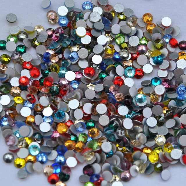 2018 New arrival MIXED COLOR Non hot fix Nail Rhinestones Crystal swarovsky gold champange Loose Strass for Nails Decorations