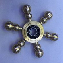 ทองโลหะr iangle Gyroอยู่ไม่สุขมือปั่นนิ้วของเล่นเซรามิกแบริ่งEDCสำหรับออทิสติก/สมาธิสั้นความวิตกกังวลความเครียดบรรเทาโฟกัสของเล่นของขวัญ