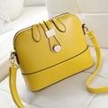 Free shipping, 2017 new woman trend handbags, simple leisure messenger bag, retro Korean version women bag, fashion shell flap.