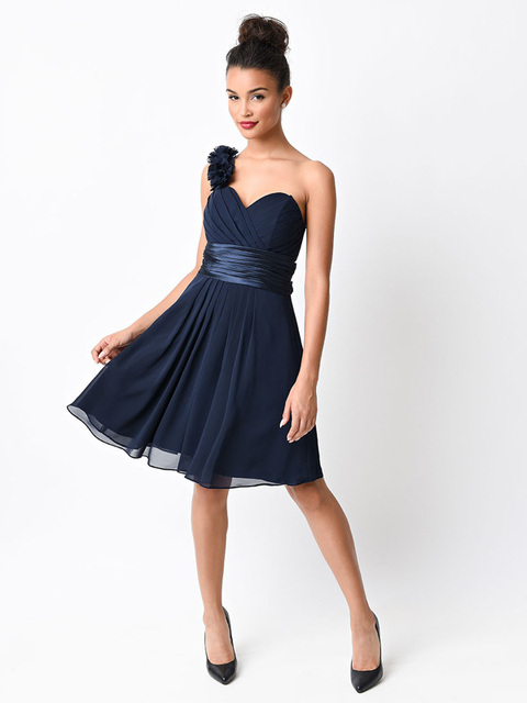 Cheap One Shoulder Bridesmaid Dresses 2016 Navy Blue Chiffon Knee Length  Wedding Party Dresses robe demoiselle 47aace6430ff