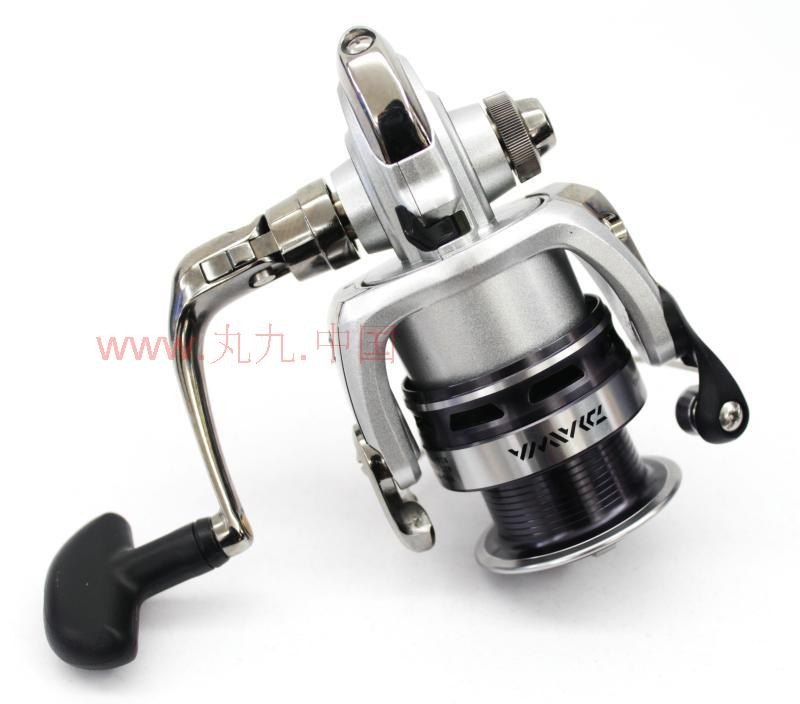 35d1b5fd838 Aliexpress.com : Buy 100% ORIGINAL BRAND NEW HIGH QUALITY DAIWA LAGUNA 2000  4000 5BI SPINNING REEL FISHING REEL SEA FISHING REEL from Reliable Fishing  Reels ...