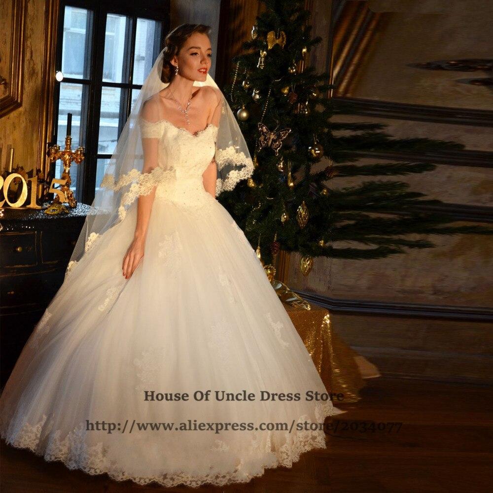 Atemberaubend Brautkleid Mit Weg Von Der Schulter ärmel ...