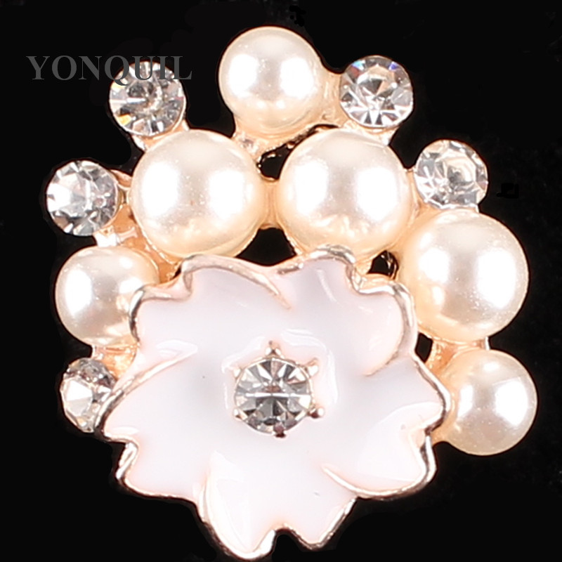 2017 Korea fashion exquisite Flower peals Wedding Women crystal Brooch Pins Material DIY Jewelry accessories 15pcs/lot SYBB105