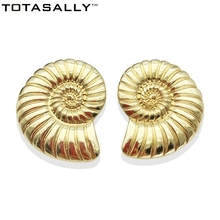 TOTASALLY  Fashion Ocean snail Earrings Golden Oversiz Conch Heavy Metal Stud Earring for Women Jewelry pendientes