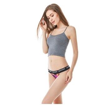 87e1eb1c4347 Mujeres Sexy tangas Braguita cintura baja Sexy bragas de las señoras sin  ropa interior Tanga alta elasticidad Sexy bragas ropa interior
