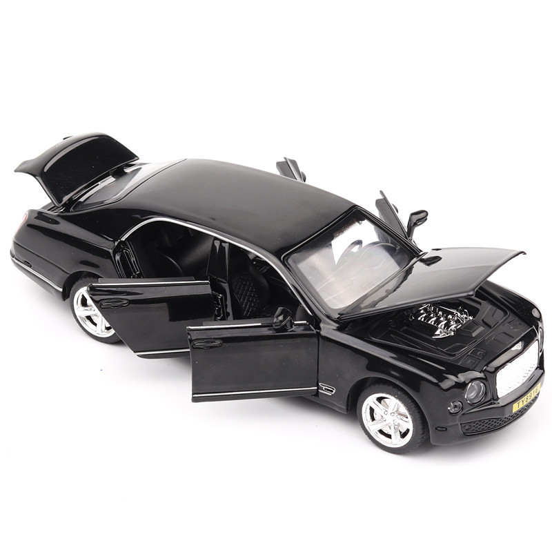 6 Openable Doors 17Cm Die-Cast Vehicle 1/32 Alloy Luxury Car Model For Collection Or Car Toys 4 Colors W/Light& Music