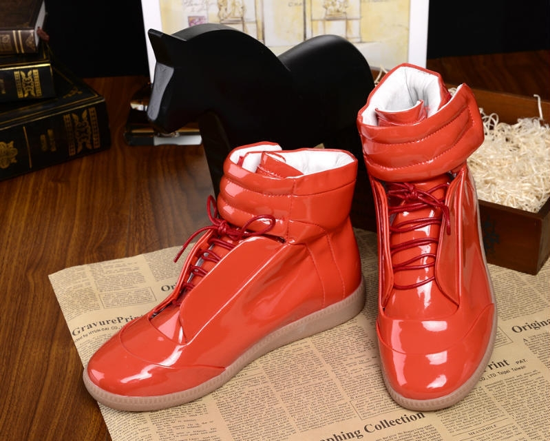 New Maison Martin Margiela Sneakers High Top Red Black White Fashion Patent  Leather Men s Sneakers Man Casual Shoe fe8a4f6bf