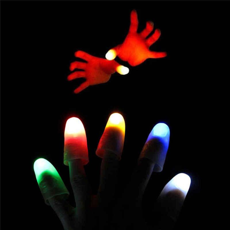 2Pcs LED Lampu Berkedip Jari Magic Trick Alat Peraga Anak-anak Luar Biasa Fantastis Glow Mainan Anak Bercahaya Hadiah