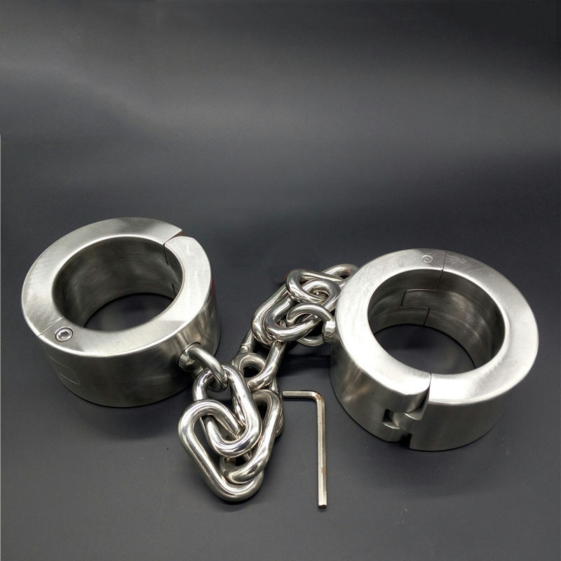 Hot stainless steel heavy ankle cuffs metal BDSM bondage restraints set leg irons shackles sex bdsm slave toys for adult games. adult sex shop metal leg irons sex product bdsm bondage restraints set ankle cuffs for sex slave bdsm sex toys for men and women