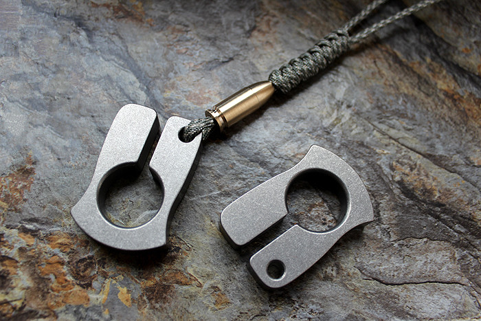 Self-defense EDC titanium alloy multipurpose Tools meteorite crater style polished or stonewash refers to tiger broken window tito titanium alloy double holes refers to the tiger edc self defense tools multi function key ring multipurpose keychain