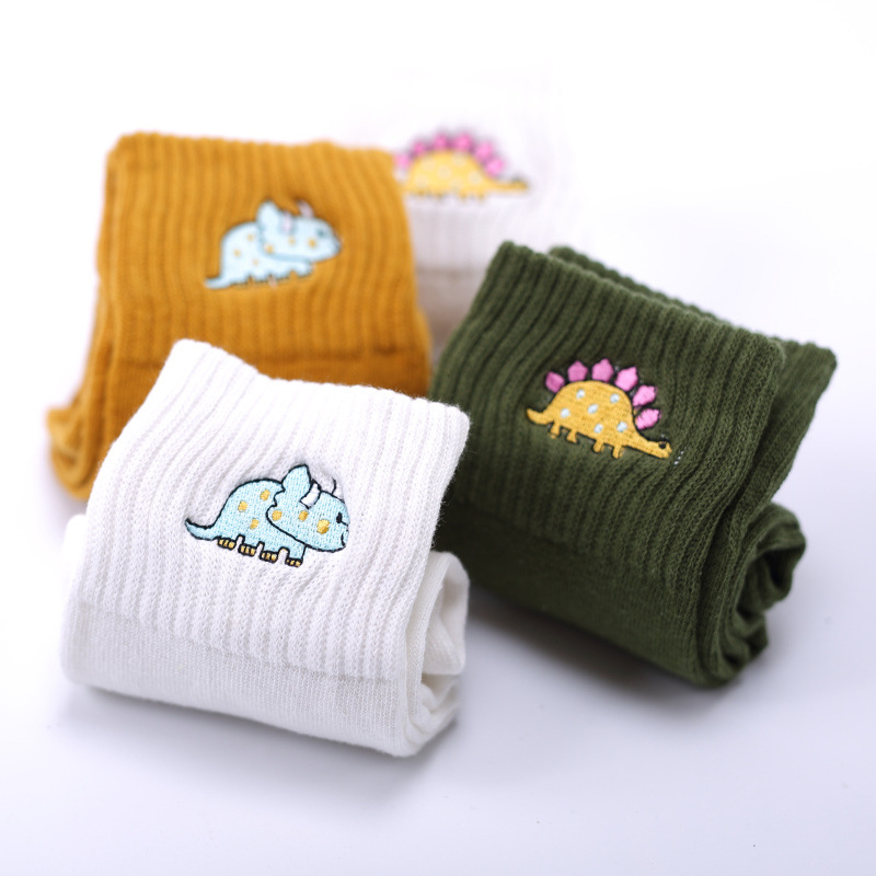 Cute Women Embroidery Dinosaur Cotton Socks white Lovely Cartoon Animal Vintage Short Socks Novelty Crazy Funny Cozy Sock Funky