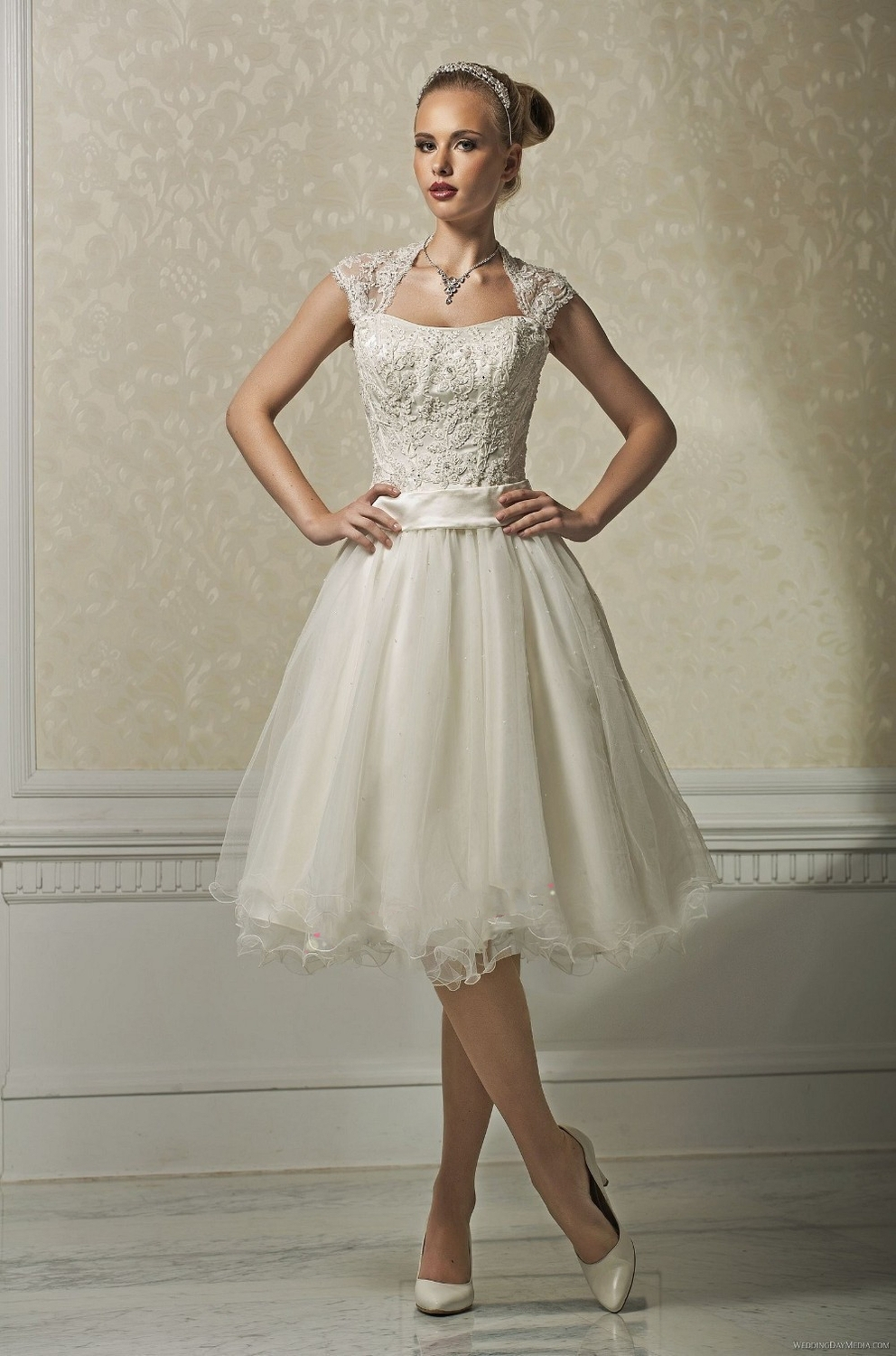 Ivory Short Wedding Dress - Ocodea.com