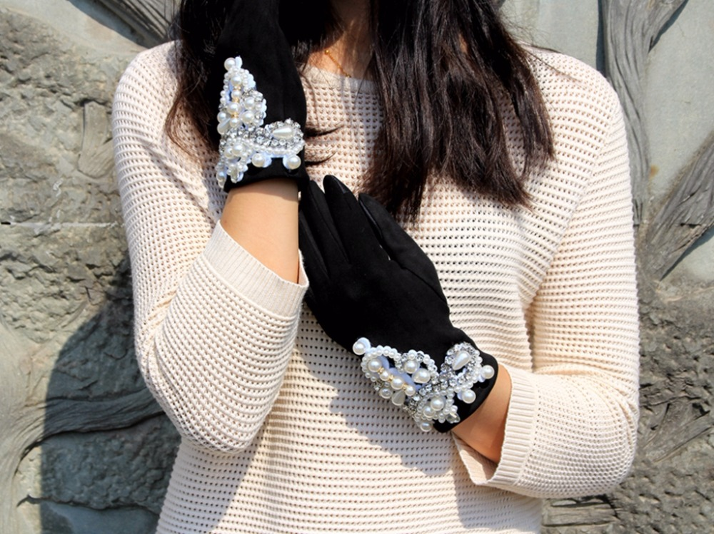 Gloves Winter Suede Fabric Touch Screen Gloves For Woman Luxury Pearl Engant Gloves Female Driving Mittens Women Guantes