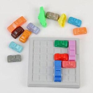 Image 4 - レースブレークiqカーゲーム車のパズルおもちゃのクリエイティブプラスチックラッシュアワーロジックゲーム発達ゲームおもちゃ