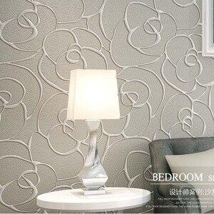 QIHANG Modern Minimalist Embossed 3D Rose Flower Non-woven Wallpaper Cream&Gray Color 0.53m*10m=5.3m2(China)