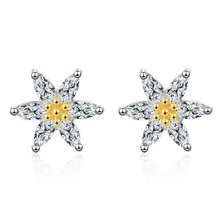 цены Fashion 925 Sterling Silver Clear Crystal Cute Flower Daisy Stud Earring For Kids Children Girls Women Earring Gift Jewelry