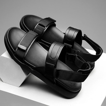 2019 light and comfortable mens sandals soft bottom fashion breathable Korean version of the trend youth wild beach shoes