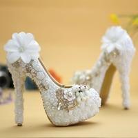 2016 Blanco de Encaje de Flores y Oso Encantador Plataforma Vogue Prom Party Bombas Zapatos de La Boda de La Perla de Tacón Alto Zapatos de Vestido de Novia