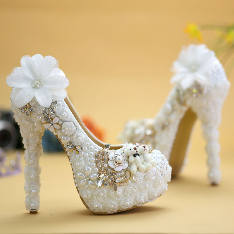 2016 Vogue White Lace Flower and Lovely Bear Platform Prom Party Pumps Wedding Shoes Pearl High Heel Bride Dress Shoes pearl phoenix bride dress shoes gorgeous design rhinestone wedding shoes party prom high heels purple white prom event shoes