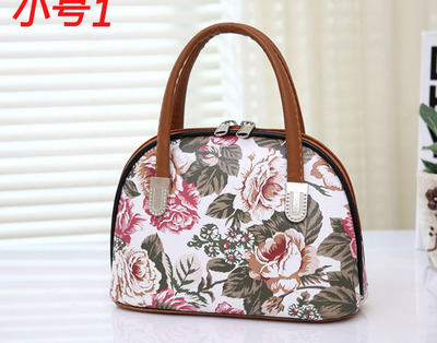 Old man to buy food mobile phone change hand holding bag middle-aged mother hand carry mini female bag in the elderly portable s