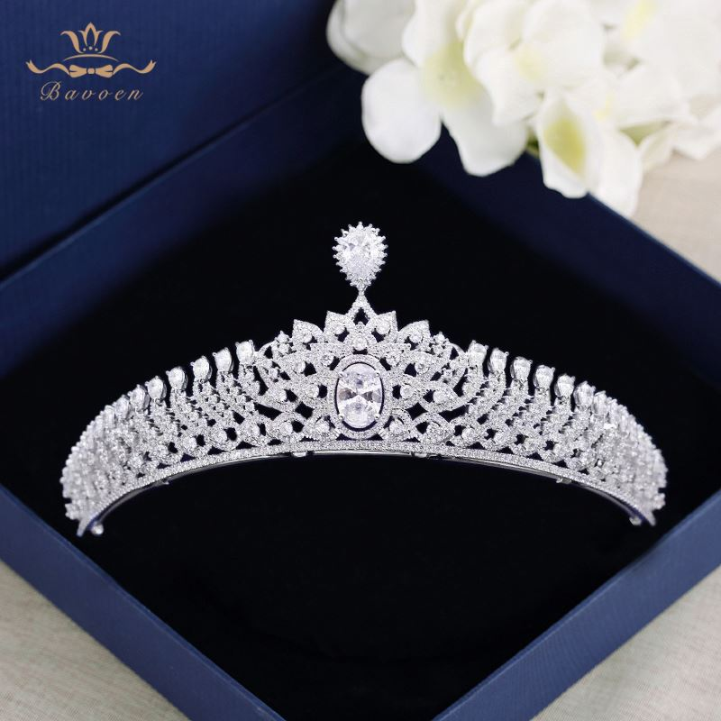 все цены на Bavoen Top Quality Clear Zircon Brides Crown Tiara Sparkling Crystal Silver Hairbands Wedding Hair Accessories Birthday Gift онлайн