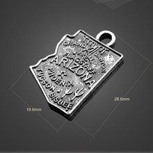Factory Price 20 Pieces/Lot 28.6mm*19.6mm Antique Silver Plated metal charm map charm USA map charms For Jewelry Making(China)