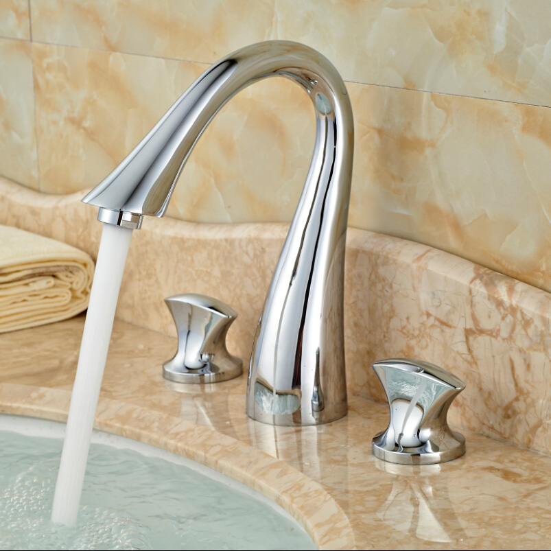 ФОТО Luxury Brass Basin Mixer Faucet Double Handle 3 Hole Bathroom Sink Water Taps Chrome Finish