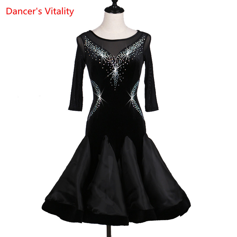 2017 Custom Made Long Sleeves Diamonds Latin Dance Dress Women Ballroom Dancing Dresses Latin Dance Costume Latin Dresses