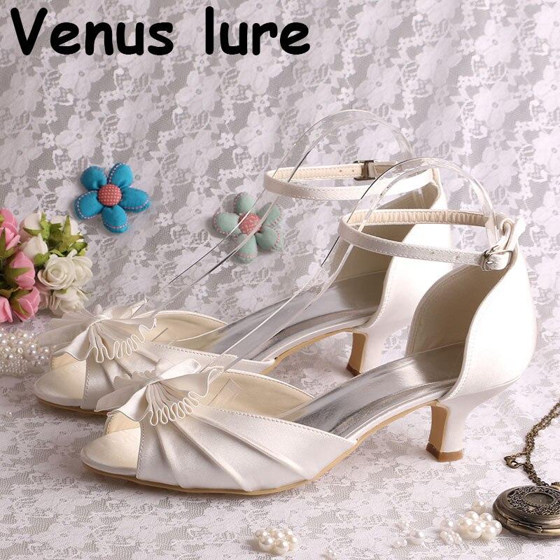 Nouvelle marque de mariée Peep Toe chaussures à talons sandales de mariage en Satin blanc petit talon
