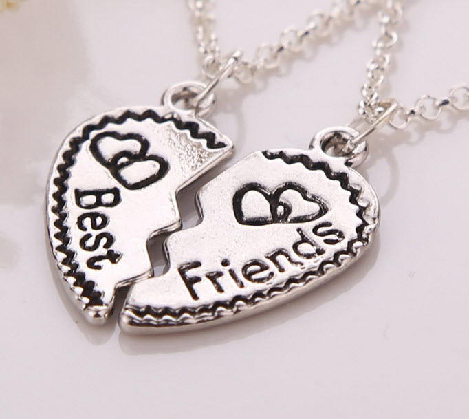 2pcs/set Best Friend Forever 2 Part Love Break Heart Pendent Friendship Necklace Statement Chain Statement Necklace Jewelry