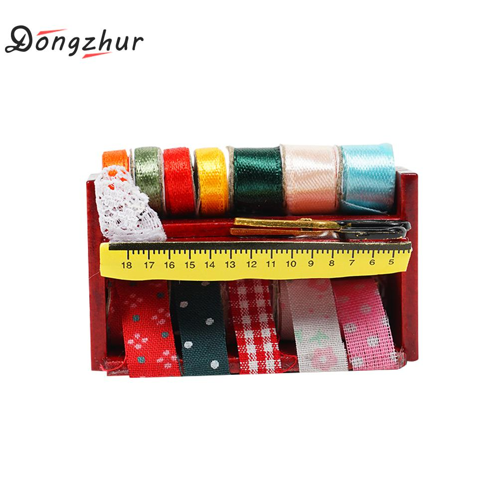 Dongzhur Miniature Sewing Supplies Wooden Boxes 1:12 Dollhouse Accessories  Emulation Model Mini Sewing Box Doll House Decoration