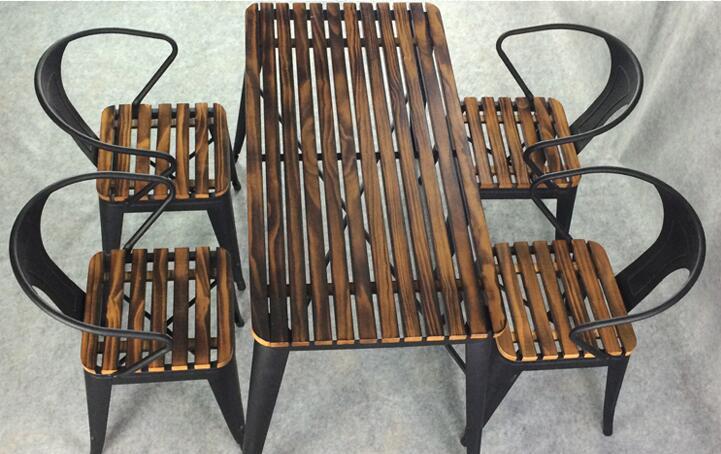 Уличный стол и стул. Железная художественная антикоррозивная квадратная мебель. Внутренний двор 5 шт. Стул из натурального дерева